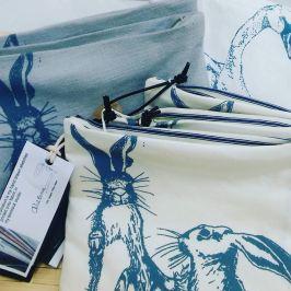 boxing-hare-purse
