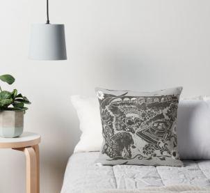 Tamar tails cushion 2