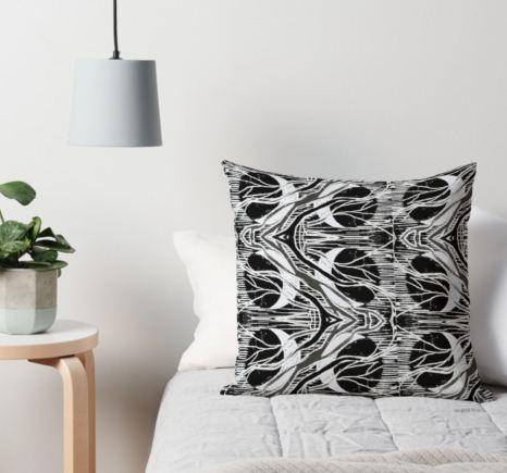 Circle cushion